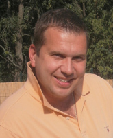 Martin Dvone, Geschäftsführer von Steinteppich-Verlegen.at