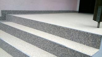 Steinteppich-Treppensanierung